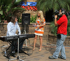 Chris Carpenter performing music on KUSI TV Chanel 9 San Diego