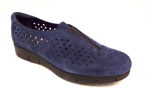 CLARKS Artisan Blue Leather DAELYN SUMMIT Loafer 9.5