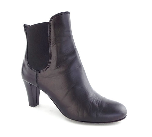 AGL Black Round Toe Ankle Boots 36.5/ 6.5