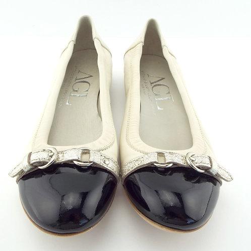 AGL Ivory Black Cap Toe Belted Ballet Flats 38 / 7.5