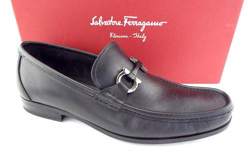 FERRAGAMO Gancini Logo Black Loafer 8.5 / 2E