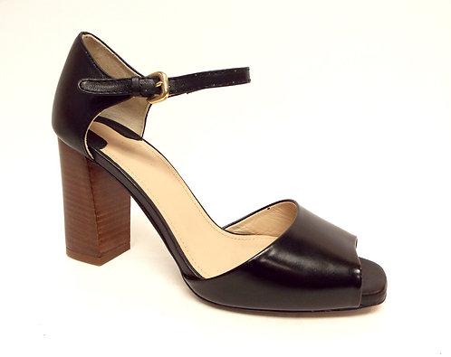 UTERQUE Black Open Toe Ankle Strap Pump 37