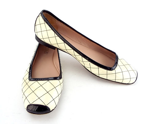 ANYI LU Ivory Patent Quilted Ballet Flat 38.5 / 8