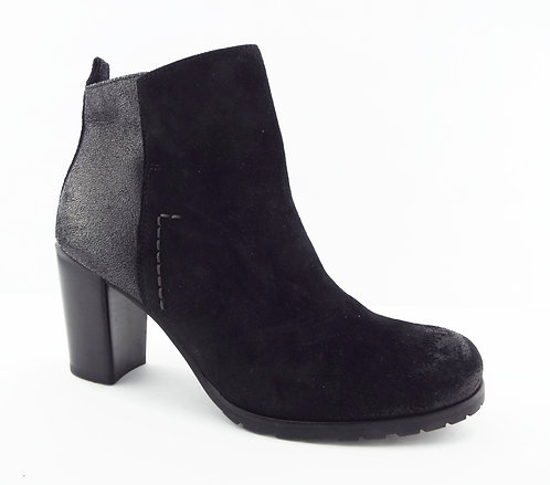 PAUL GREEN Black Waxed Suede Ankle Boots 5UK/7.5US