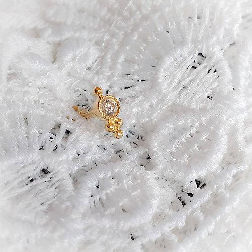 Diamant et ses 4 boules d'or  - Maria TASH
