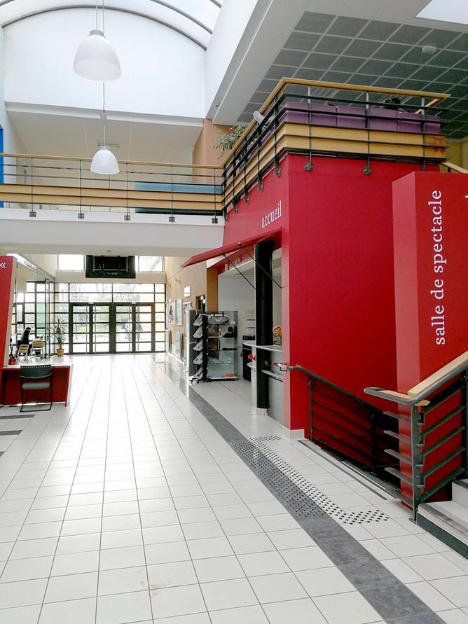 Maison de l'université - EN ACT Architecture