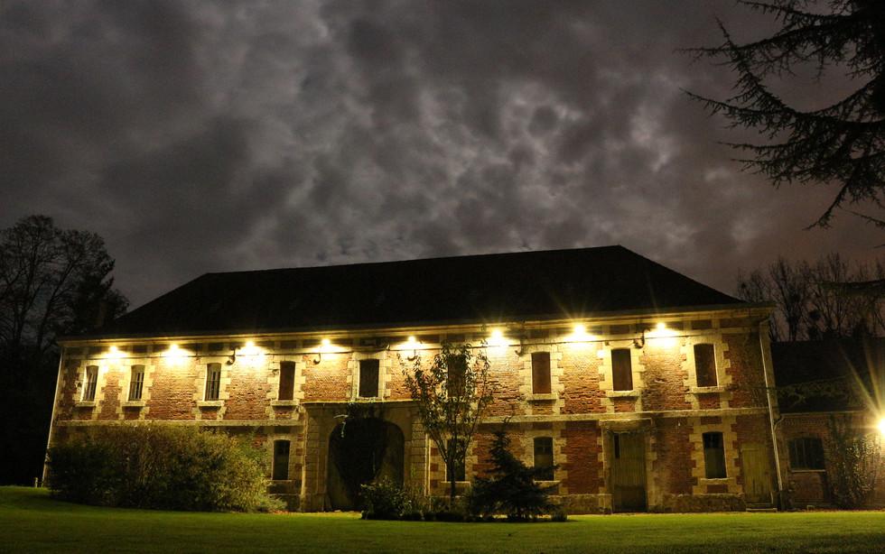 Château de nuit éclairé