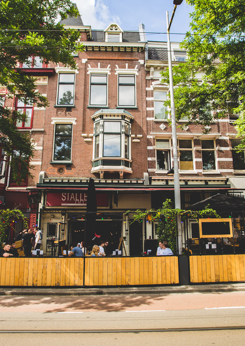 Cafe Stalles