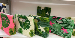 Palm cut-out handle clutches