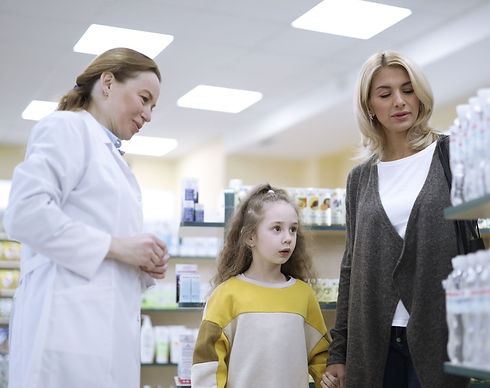 Mother%2520and%2520Daughter%2520at%2520Pharmacy_edited_edited.jpg