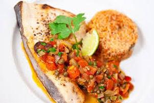 Salmon A LA Veracruzana.jpg