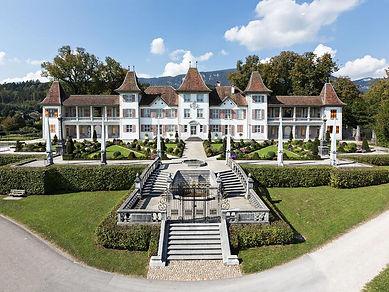 Schloss Waldegg.jpg