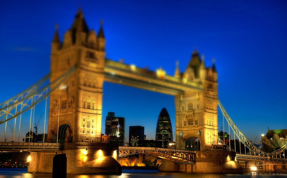 tower-bridge-