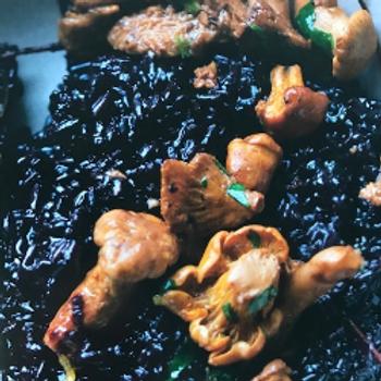 zwarte rijst / bospaddestoelenmix / dragon / truffelolie