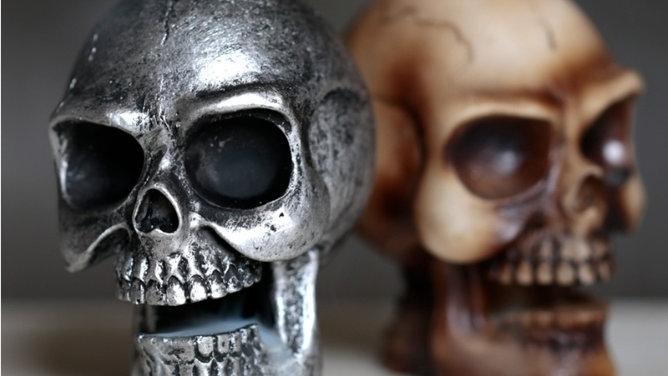 Small Backflow Incense Burner -Skull