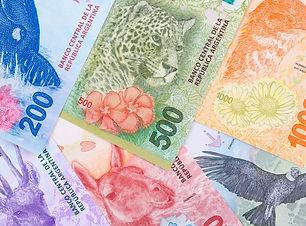 new-argentine-pesos_52793-470.jpg?size=6