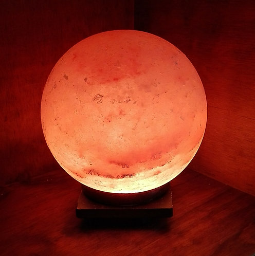 LAMPARA BOLA de 17 cm de diámetro. Sal Rosada del Himalaya