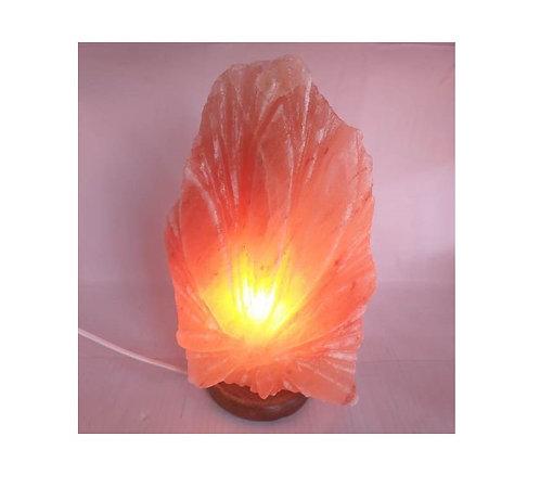 Lámpara Hoja cannabis de sal rosada del Himalaya. Tallada a mano