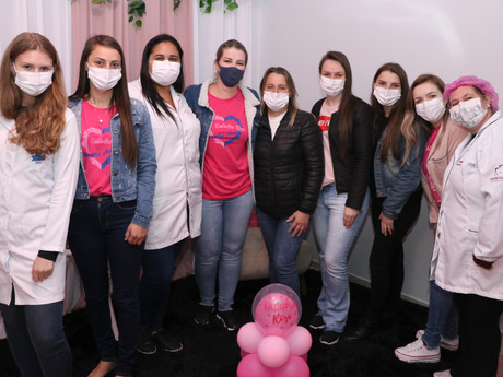 """Secretaria Municipal de Saúde realiza """"Noite da Saúde da Mulher"""""""
