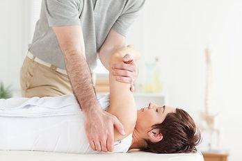 Was ist der Unterschied zwischen Manueller Therapie und Krankengymnastik?