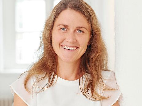 Kerstin Kotten - Physiotherapeutin und Trainerin für Rückenschulkurse bei PhysioCare