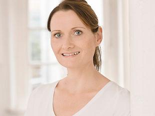 Nadine Nappe - Spezialistin für Manuelle Therapie