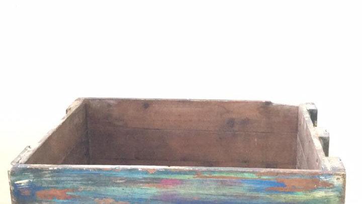 Caja de madera reciclada