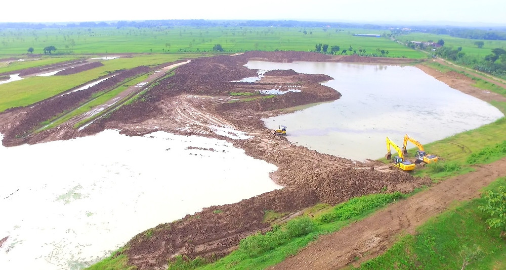 Ongoing rehabilitation work of Rancang as part of the seven normalized reservoirs in Lamongan