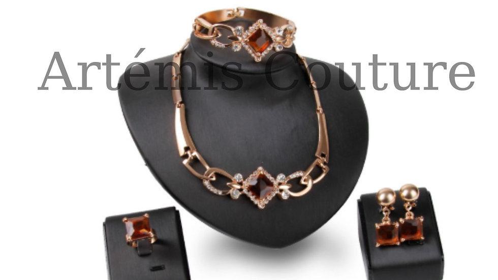 Heliodor Diamond Set