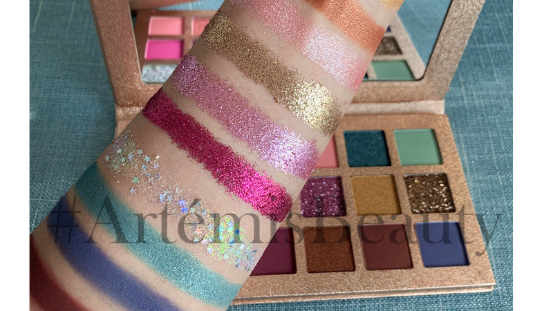 """""""La Vie En Rose"""" Glitter Palette"""