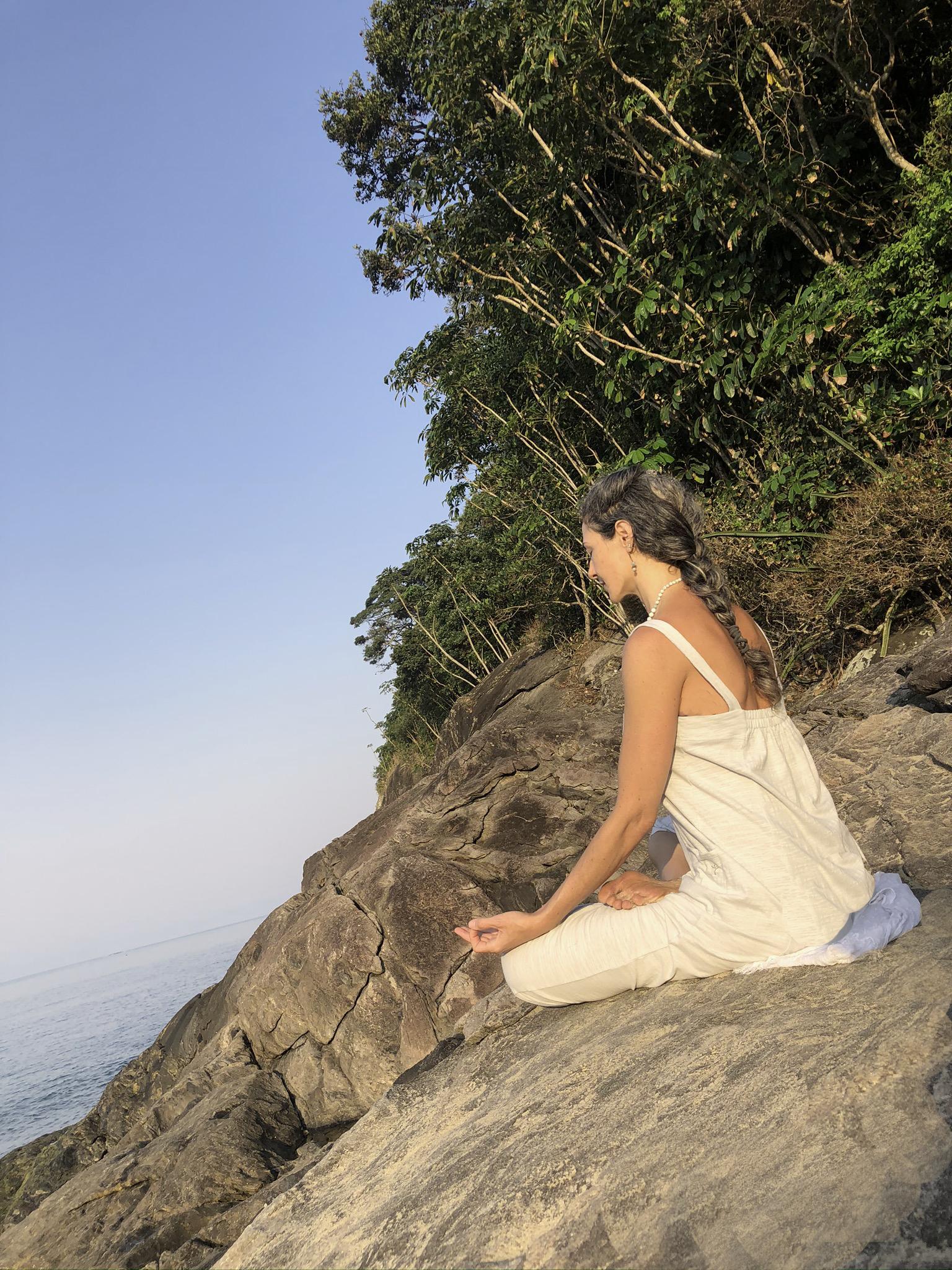 Cristina Di Dario - Yoga - Meditação