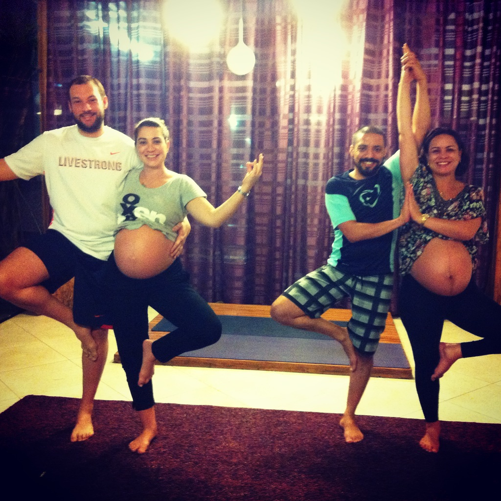 Mukti-Yoga-Shala-Gestantes-Pais.jpg