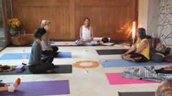 Yoga Terapia Hormonal no Mukti Yoga