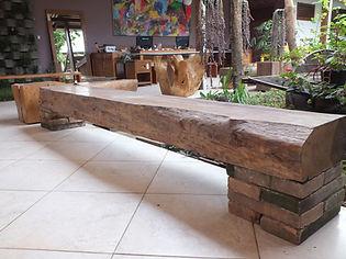 Banco Rústico em madeira Maciça e Orgânica