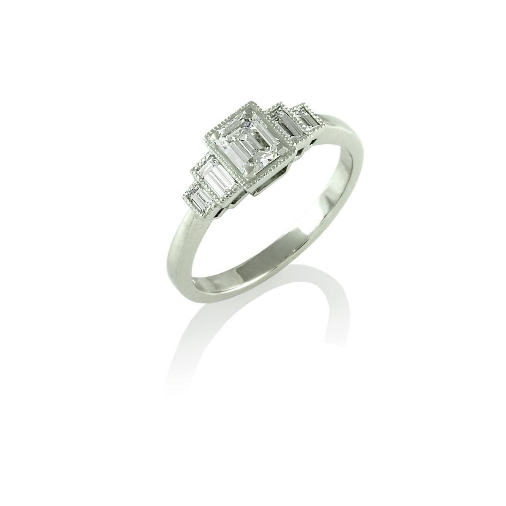 Emerald & Baguette cut Diamond ring
