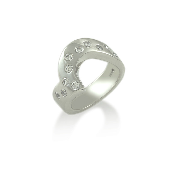Scattered Diamond shaped wedding ring