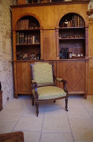 Fauteuil à dossier en Ecoinçons / Louis XVI