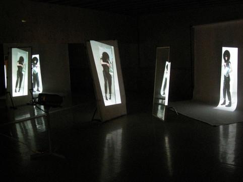 Glare. Multi-channel video installation (2010)
