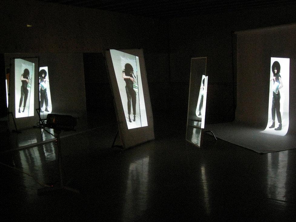 Glare -model (2008) 2.jpg