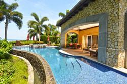 Residential ocean villa w pool