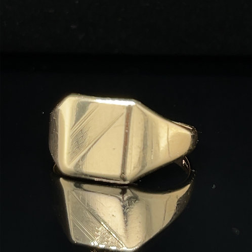Square Shape Signet Ring 9ct Yellow Gold