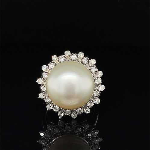 A Huge Pearl and Diamond Ring 14ct White  Gold