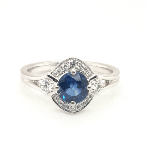 Sapphire and Diamond Fancy Cluster in Platinum