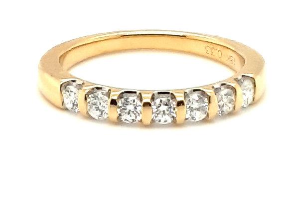 Scalloped Diamond Band 18ct Yellow Gold