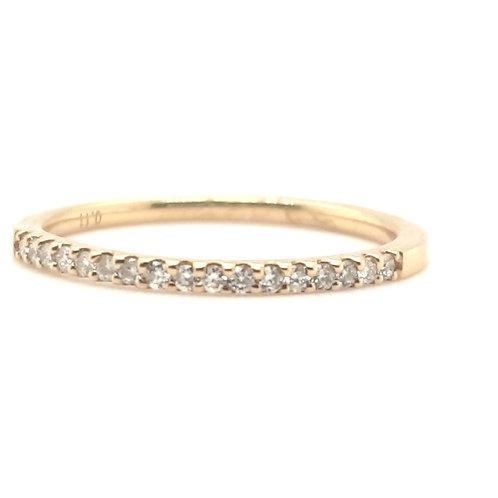 Pretty Diamond Claw Set Ring Size J 18ct Yellow Gold