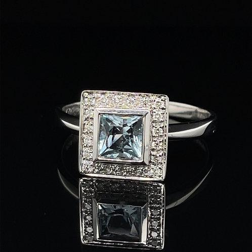 Princess Cut Aquamarine & Diamond Ring 18ct Gold