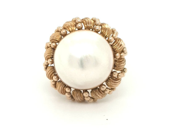 Mabe Pearl Statement Ring 14ct Gold