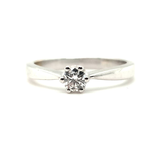 Diamond Solitaire Engagement Ring 18ct White Gold