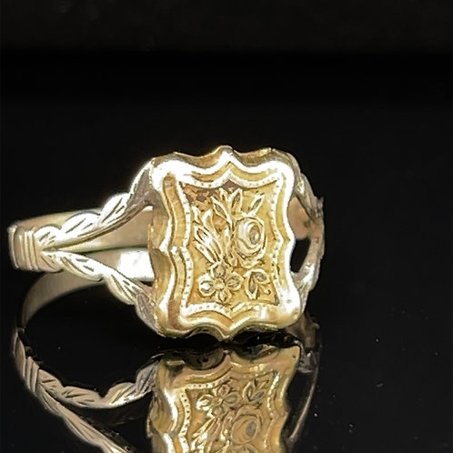 Antique Gold Poison Ring