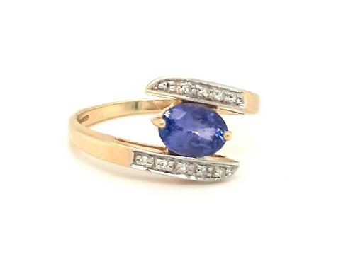 18ct Yellow Gold Oval Tanzanite & Diamond Twist Ring